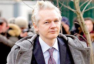 Julian Assange Mother