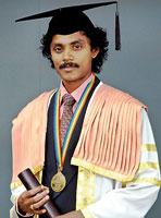 Detective journalist busts doctorate racket