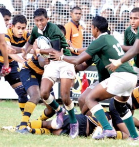 Action at the Isipatana-Royal game on Friday.  - Pic by Ranjith Perera