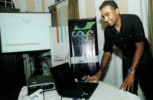 Star support: Cricketers Mahela Jayewardena and Kumar Sangakkara launching the website. Pic by M.D. Nissanka