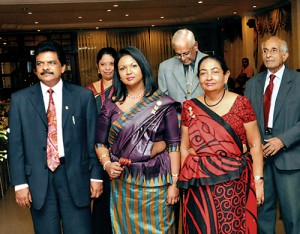 Kandy-Lion-Ladies