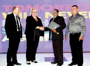 Professor Simon Payne – Head of School of Law and Acting Dean of Academic Partnerships University of Plymouth, Professor Wendy Purcell -Vice Chancellor University of Plymouth, Dr E.A. Weerasinghe – CEO NSBM and Mr D.M.A. Kulasooriya – Dean School of Business NSBM