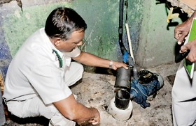 Water contaminated, typhoid in Colombo