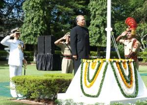 The High Commission of India and the Indian expatriate community in Sri Lanka celebrated the 66th Independence Day of India on August 15 at India House in Colombo.High Commissioner Ashok K. Kantha unfurled the National Flag, followed by the rendering of the National Anthem by ladies of the High ommission and the Indian community.The High Commissioner then inspected the Guard of Honour presented by the BSF contingent and read out excerpts from the Address to the Nation on the Eve of Independence Day by the President of India, Mr. Pranab Mukherjee.
