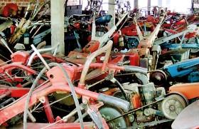 Drought-hit Polonnaruwa farmers pawn their tractors