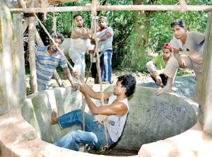 Manjula and his team go down the wells in search of water