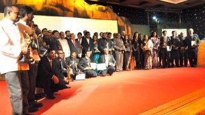All the winners. Pix by Susantha Liyanawatte