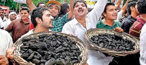 BJP activists take to the streets, calling for a full probe on coal field allocations