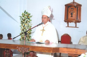 2. Conducting of Holy Mass at the Inauguration ceremony by the Archbishop of Colombo, Malcolm Cardinal Ranjith.