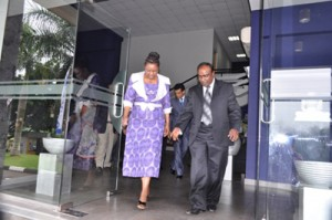 Hon. Prof. (Ms) Hlengiwe Mkhize and Capt. A. B. Herath – Director Training & Dean – Faculty of Maritime Sciences (CINEC)