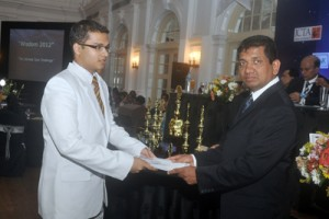 Participation certificates to Ananda captain