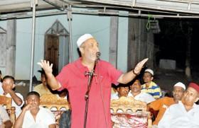 SLMC betrayal: Muslims should return to mainstream parties