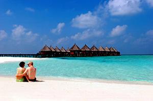 UK arrivals to Sri Lanka rise, drop in the Maldives