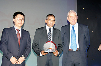 Mercantile Seamen Training Institute honoured for their dedication in Maritime training excellence at the Sri Lanka Ports, Trades and Logistic Conference 2012