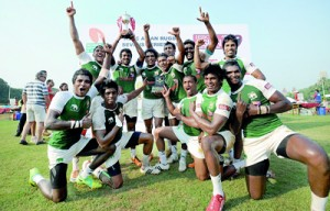 The Lankans won a trophy once again in Mumbai