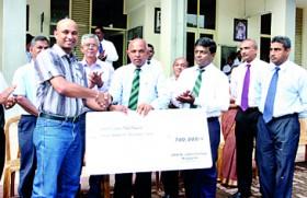 St. John's Nugegoda receives funds from Aussie OBA to develop U-19 cricket