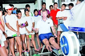 Gold Medallist at the 2012 London Olympics, and the five-time World rowing Champion Mah� Drysdale, who arrived in Sri Lanka on an invitation by t-sips, visited the 2012 Royal – Thomian Regatta. During his visit young oarsmen and women in Sri Lanka got the opportunity to learn the intricacies of rowing from the champion, when he conducted coaching sessions and shared his experiences.