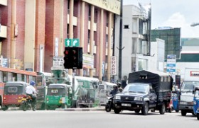 Motorists left to  manage without Police to direct traffic