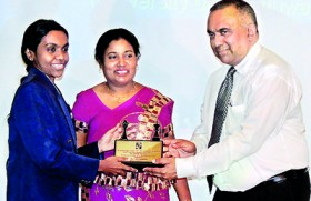 Chess players felicitated