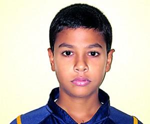 Most outstanding Player of the Tournament ( Boys ) Virunaka Hendahewa of Royal College, Colombo