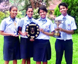 The winning team from Gateway College, Kandy