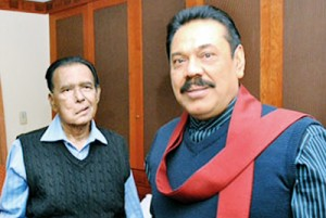 President Rajapaksa with the ailing Prime Minister D.M. Jayaratne at the Johns Hopkins Hospital in Maryland.