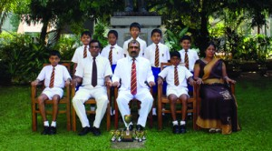 Standing from left to right: Danuka Nimnasiri, Dilina Abeysinghe, Ruchika Senevirathne, Movin Pelawatte, Deelaka Wickramasinghe. Seated from left -- Rivi Paranahewa (Vice Captain), Ranjith Payagala (MIC), Col LMD Dharmasena (Principal), Thisura Thibbotuge (Captain), Shamali Ratnayake (MIC Primary Section)