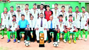 The Zahira College Under 19 team.