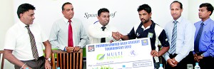 Ragama CC skipper Sameera Soyza accepting the sponsorship cheque from an official of Multi Finance as SLC officials K. Mathivanan and Hirantha de Mel and Roshan Abeysinghe look on.  – Pic by Amila Gamage