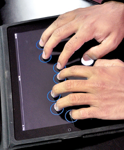 Software for the blind: The keyboard with eight dots that facilitates accurate typing.