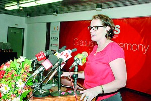 Ms. Sonya Boylan 1st Secretary Immigration- Australian High Commission Colombo addressing the gathering