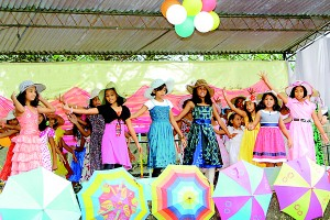 A Colourful dance by upper primary students