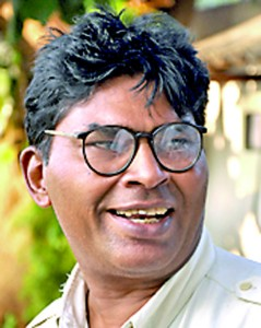 There are no coaches for hockey in the country. There are training academies for sports like cricket, rugby and football but there are no such training academies for hockey. - Sarath Hapuarachchi  (Three-wheeler driver)