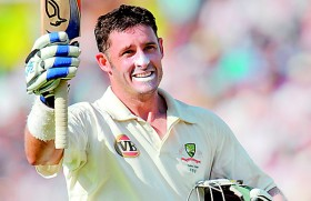 Australia's Mike Hussey calls Test stumps at 37