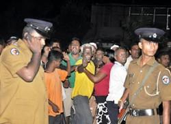 Motorcycle gunmen kill Kelaniya PS member