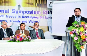 PIBT Organizes the International Research Symposium Collaboration with University  of Greenwich on November 25th 2012
