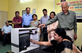 Now, Camera Cat to help low vision students