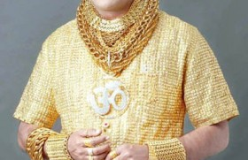 Indian spends �14,000 on a shirt made of gold