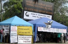 Golden Key depositors protest outside CJ's official residence