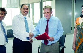 SLIIT and Memorial University of Canada sign MoU