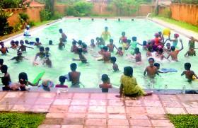 Mega swimming programme underway in Galle