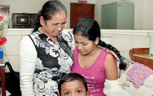 Achala happy to have her mother with her