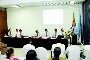 Photo (Right to Left) Prof. Ranjith Bandara, Chairman SLF, Mr. Samantha Rathnayake, Consultant Academic Affairs, Mr. Nandika Buddhipala, CFO – Commercial Bank, Mr. Brian Selvanayagam, Vice President CISI, Mr. P.Samarasiri, Assistant Governor, Central Bank of Sri Lanka, Mr. Bhanu Wijayaratne, Lecturer, Global Financial Compliance, Mr. Leonard Perera, Lecturer, Global Financial Compliance, Mr. Dilhan Goonetilleke, Senior Lecturer / Coordinator, BEDU