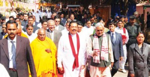 Security was tight when President Mahinda Rajapaksa visited Buddha Gaya on Friday. Pic by Sudath Silva
