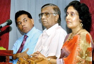 From left are the Director - General of Health Services, Dr. Palitha Mahipala, Prof. Colvin Gonnaratne and Dr. Piyusha Atapattu