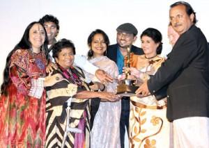 Nita and Yolanda with the Jury members Ms Bijoya Jena,  Ms Ila Arun, Marc Baschet, Prem Chopra, Andrew VIial, Prasoon Sinha and Arun Dutt.