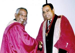 Dr. Perera (left) and Prof. Dissanayakae