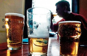 Alcohol is 'responsible for 4% of cancer deaths'