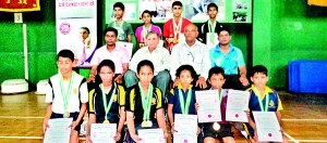The winners with Chief Guest P.N. Pestonjee and Chandana Perera , the Chairman of the Organising Committee of the competition, Thushara Sampath (Tournament Secretary - TTASL) and Prabath Priyantha (ITTF Umpire).