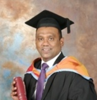 """Sheahan Daniel, Chief Manager-Leasing, Nations Trust Bank, who obtained the Cardiff Metropolitan University MBA , with a Distinction classification, says """"The Master of Business Administration programme offered by the British School of Commerce Colombo has helped me sharpen my skills and build a keen sense of business acumen. It also best suited my busy professional life and allowed me the flexibility of spending quality time with my young family."""""""